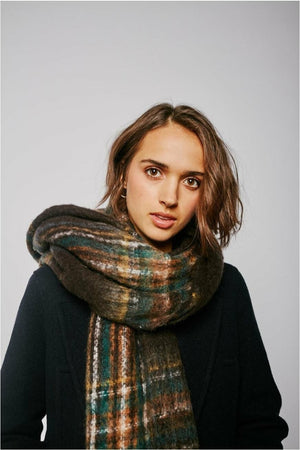 Elliot Carreaux Scarf