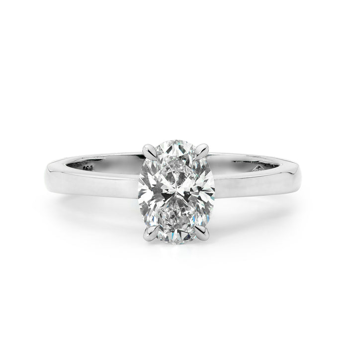Oval cut solitaire