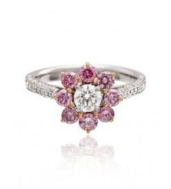 Round brilliant cut pink and white diamond ring