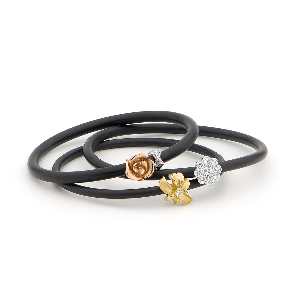 18ct Gold Diamond Flower Bangle