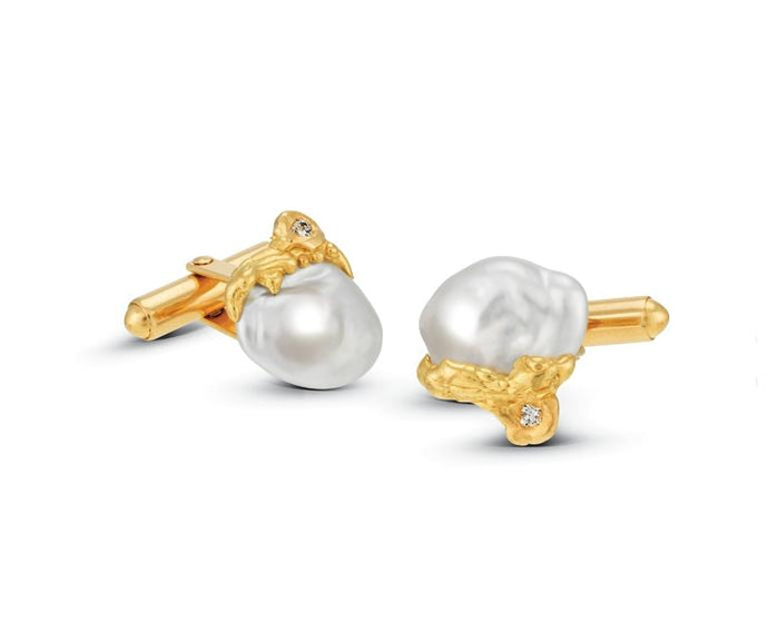 18ct yellow gold pearl cufflinks