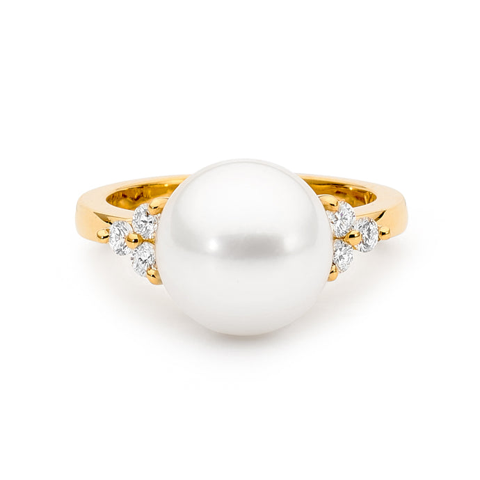 3 Round Diamonds and Pearl Ring