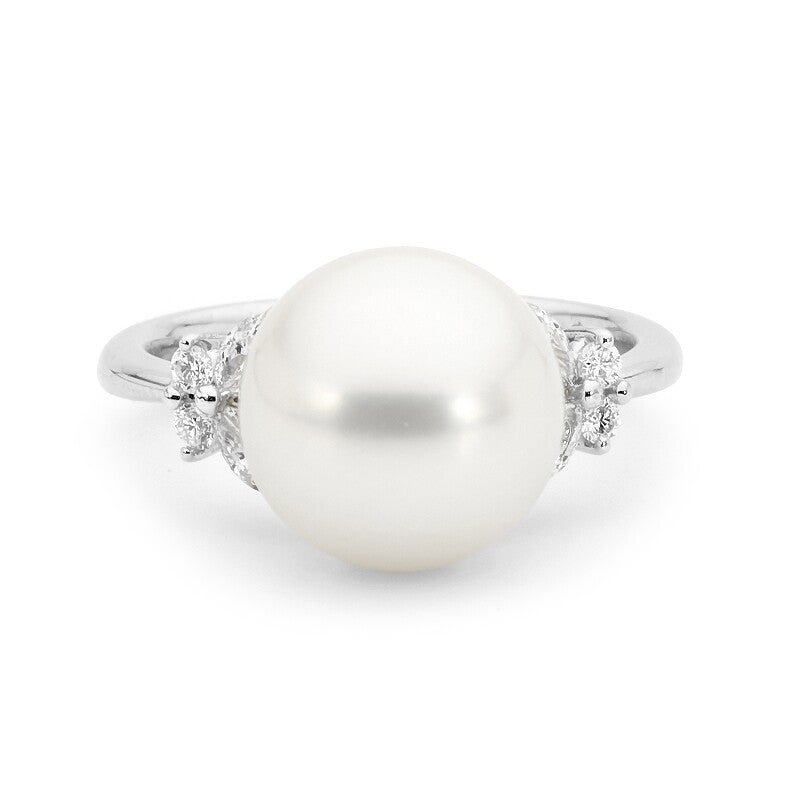Butterflies Pearl and Diamond Ring