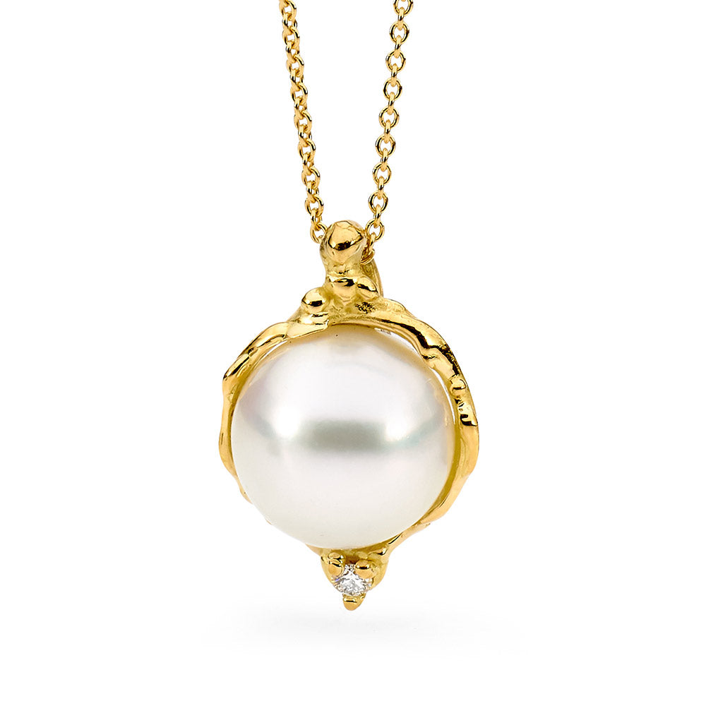 Pearl and Diamond Pendant