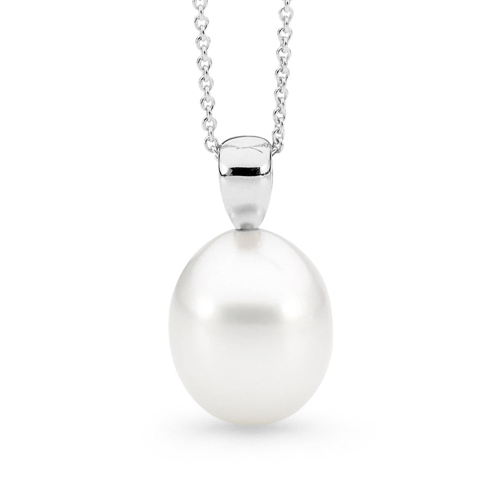 Rounded V Shape Pearl Pendant jewellery stores perth perth jewellery stores australian jewellery designers online jewellery shop perth jewellery shop jewellery shops perth perth jewellers jewellery perth jewellers in perth diamond jewellers perth bridal jewellery australia pearl jewellery australian pearls diamonds and pearls perth