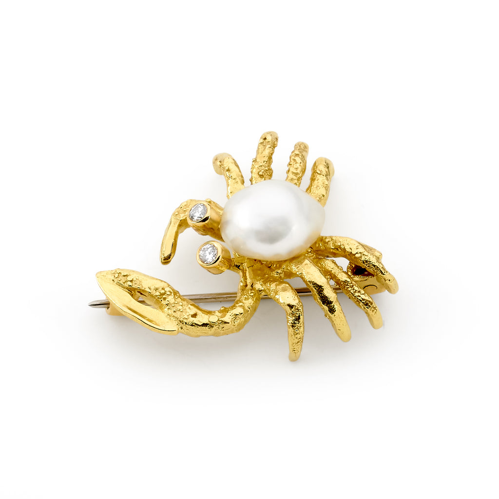 WA Fiddler Crab Pearl Brooche jewellery stores perth perth jewellery stores australian jewellery designers online jewellery shop perth jewellery shop jewellery shops perth perth jewellers jewellery perth jewellers in perth diamond jewellers perth bridal jewellery australia pearl jewellery australian pearls diamonds and pearls perth