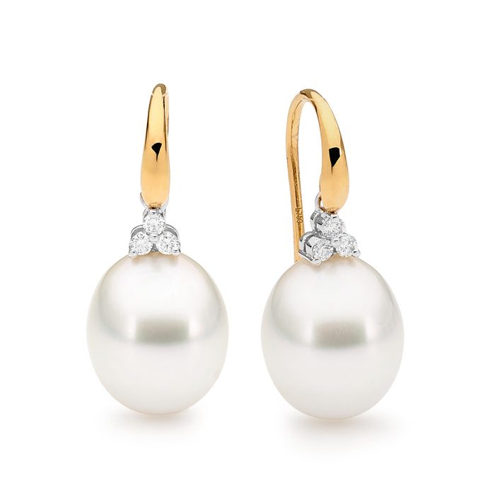 Trefoil pearl earrings jewellery stores perth perth jewellery stores australian jewellery designers online jewellery shop perth jewellery shop jewellery shops perth perth jewellers jewellery perth jewellers in perth diamond jewellers perth bridal jewellery australia pearl jewellery australian pearls diamonds and pearls perth