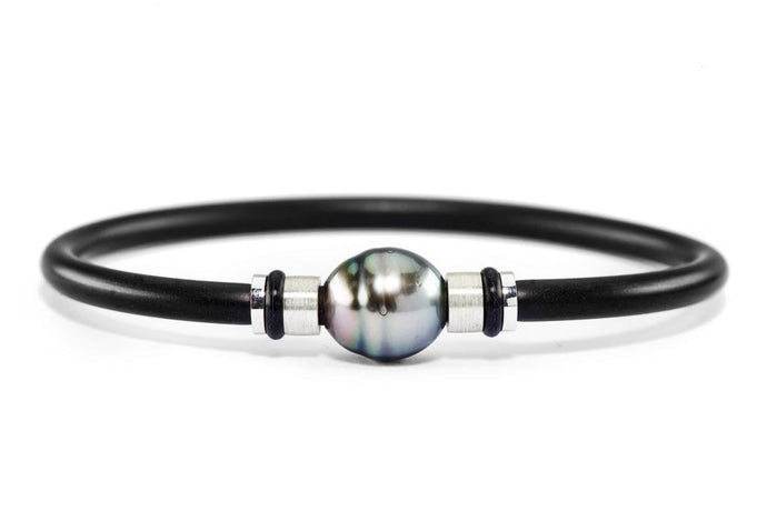 Tahitian Circle Pearl & Silver Bangle
