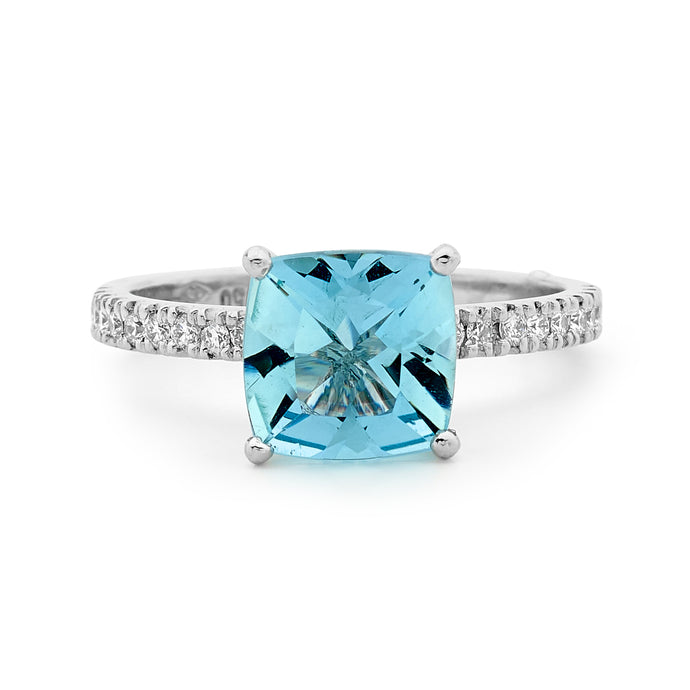 18ct White Gold, Diamond and Aquamarine Ring