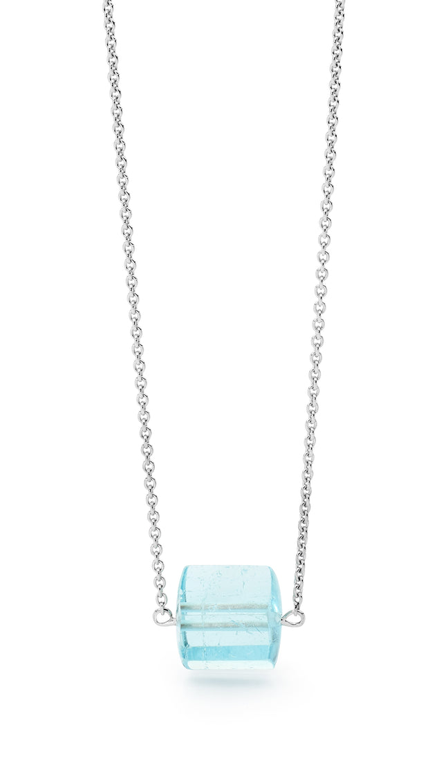 18ct White Gold and Aquamarine Necklace