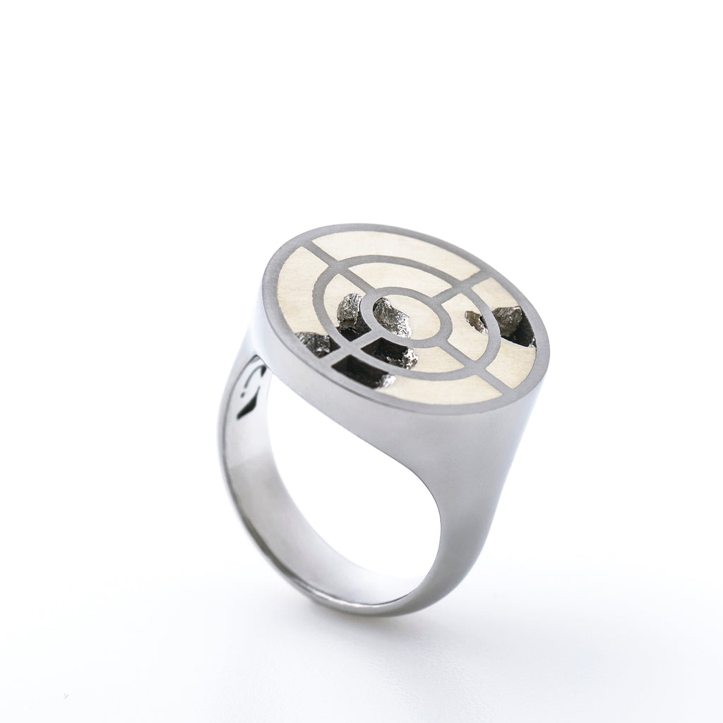 Titanium Ring - Interlace by Carl Noonan Ame Gallery