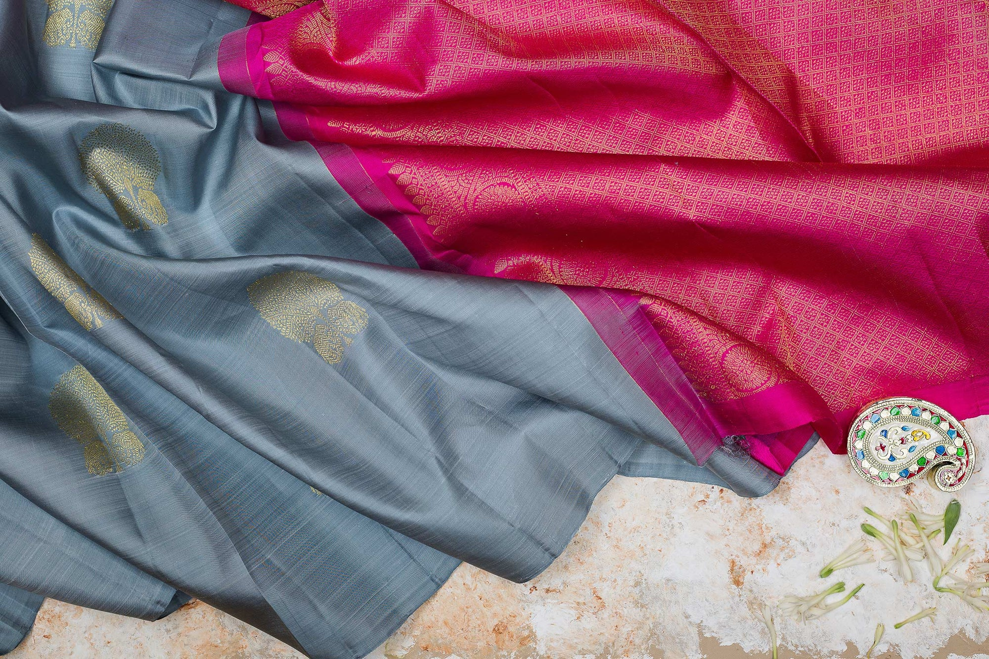 kanjivaram Silk Saree Grey and Pink with Tree Butta