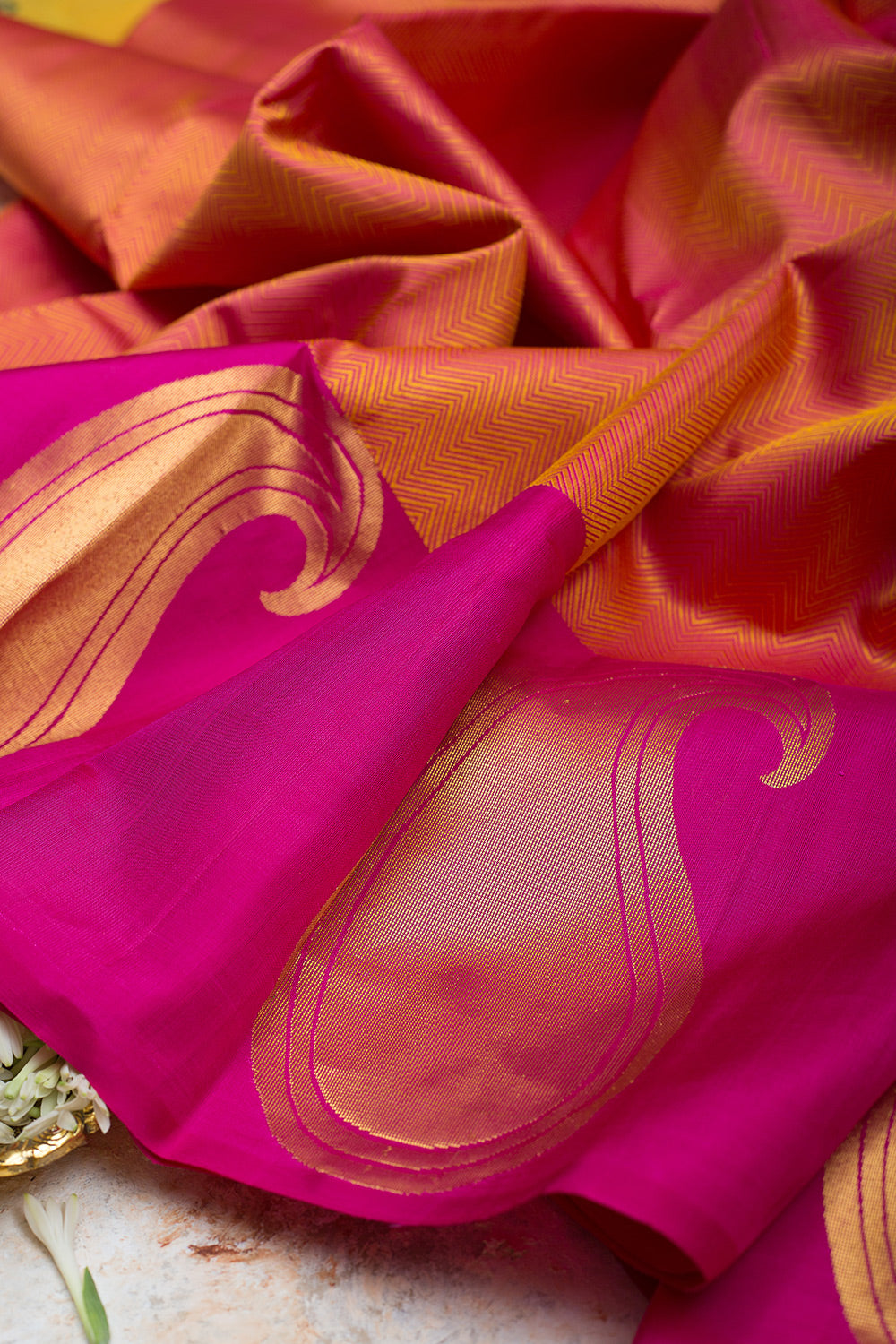 kanjivaram Silk Saree Orange and Pink with Mango Zari border