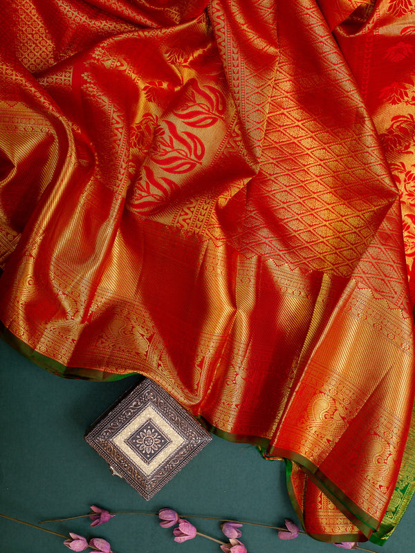 Pure Kanjivaram bridal silk saree red with contrast green piping and allover zari buttas