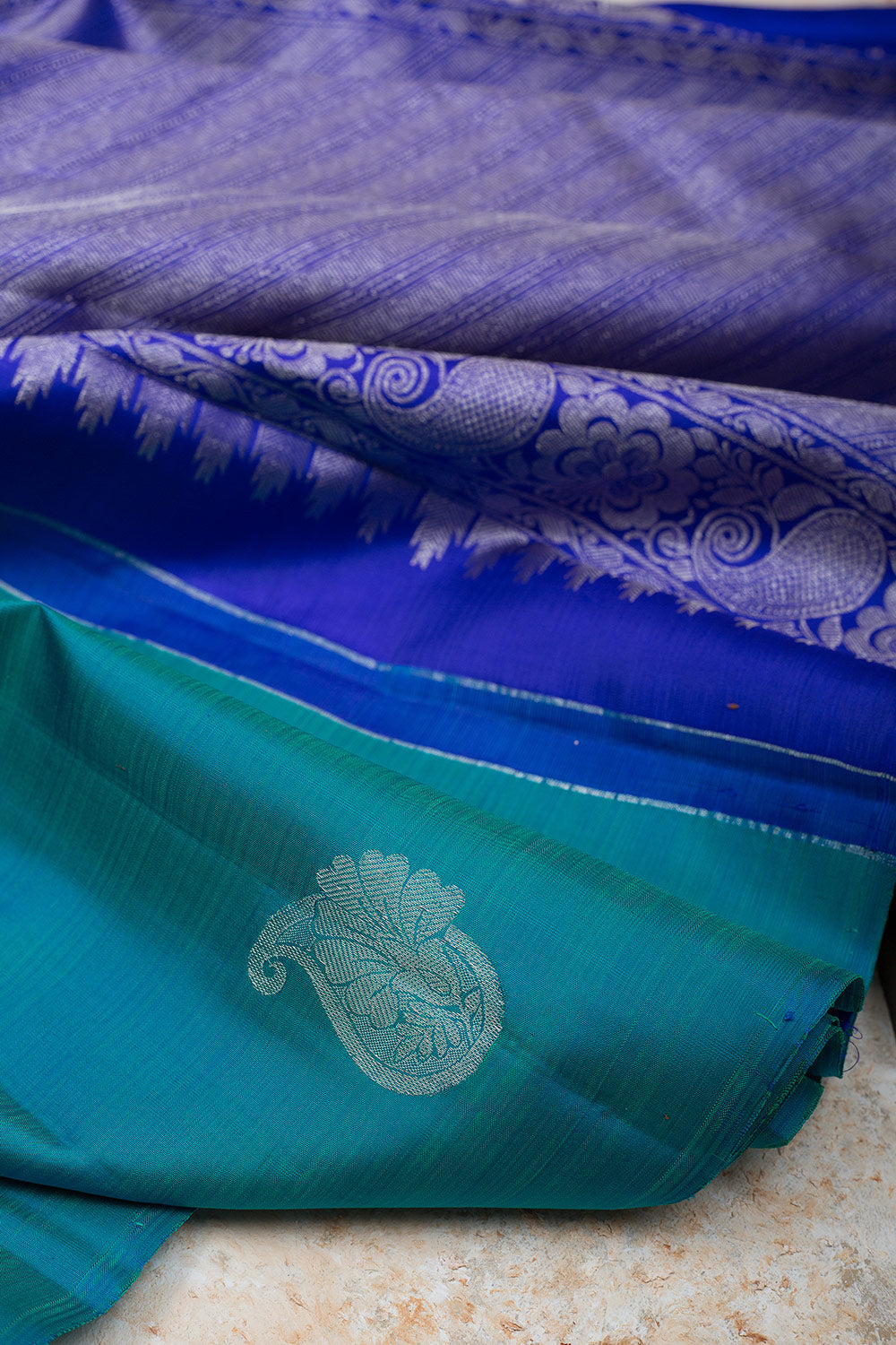 kanjivaram Silk Saree Teal Blue and Blue with Mango Butta