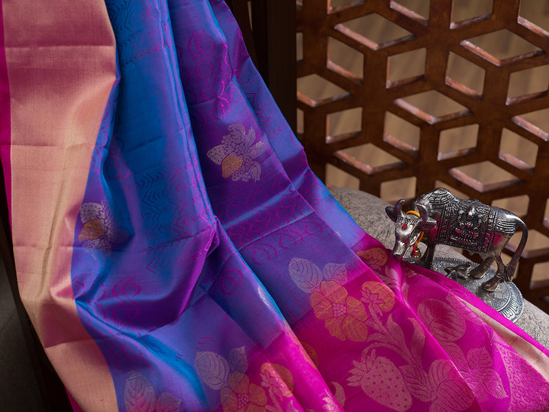 Soft Silk Saree Dual Shade of Purple with Buttas and Zari border