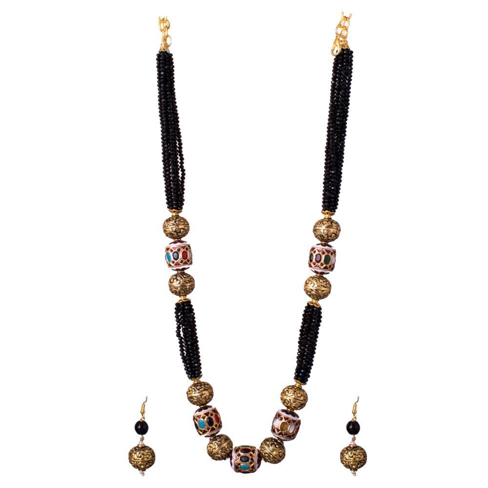black beaded beauty necklace set
