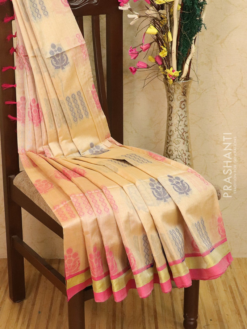 Light weight silk cotton saree cream and pink with thread woven pattern and rich pallu