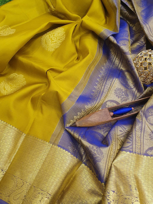 Pure kanchivaram silk saree mehandi green and royal blue with golden zari woven buttas and zari woven border