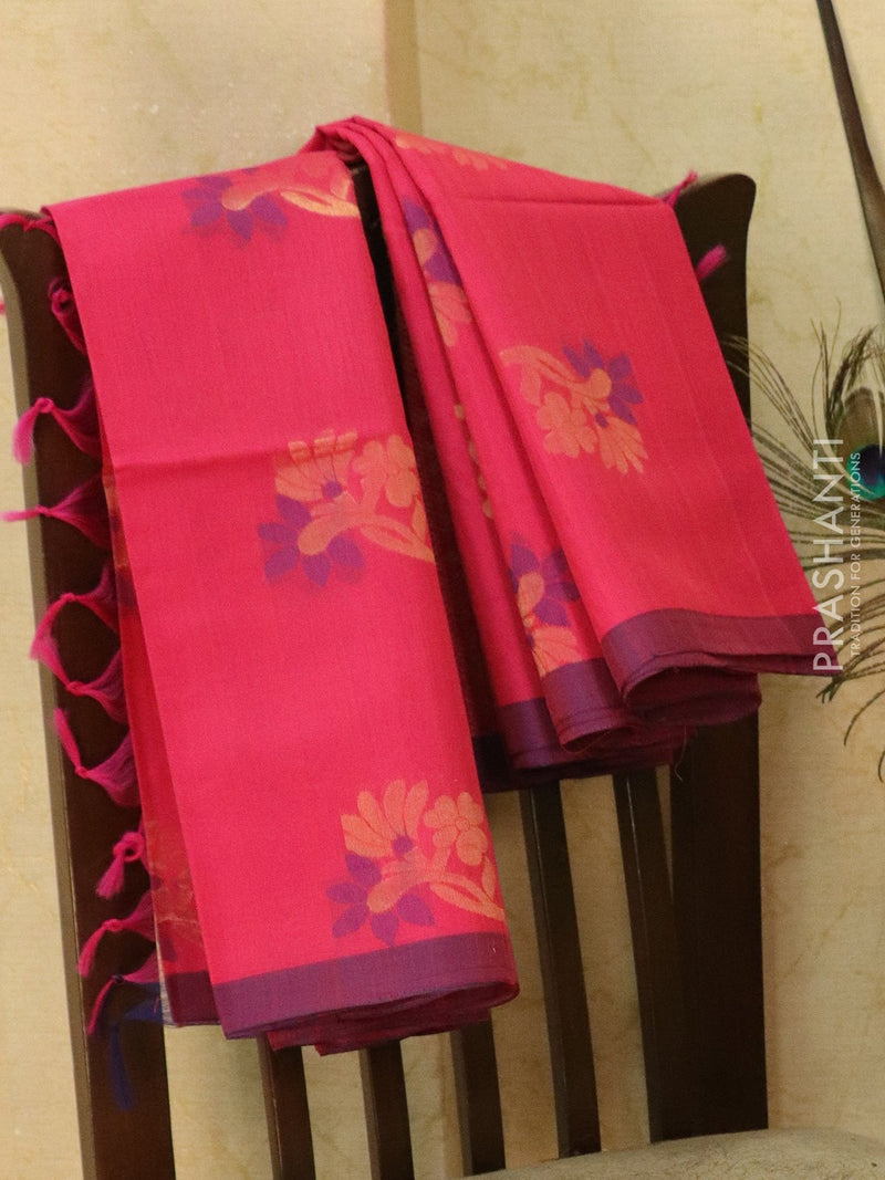 Kora silk cotton saree pink with thread and zari woven buttas with piping border