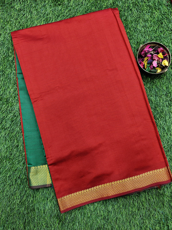 10 yards semi silk cotton saree red and green with zari woven border