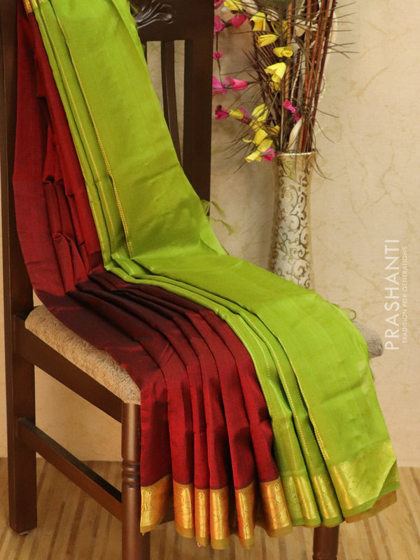 10 yards silk cotton saree maroon and green with traditional zari woven border