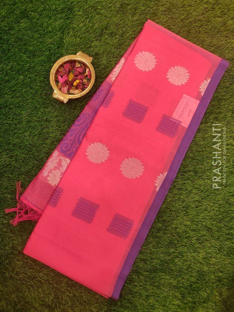 South Kota saree pink and violet with piping border and buttas in borderless style