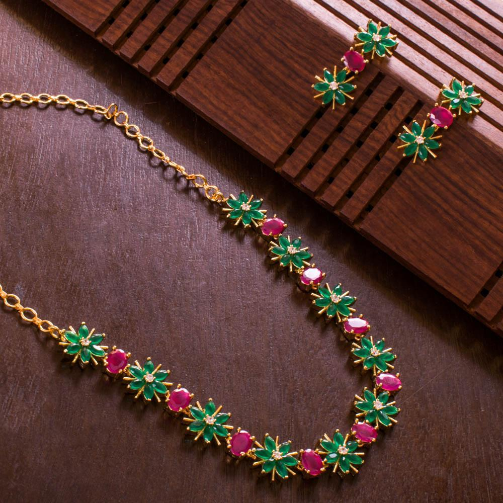 Bright emerald and ruby necklace set