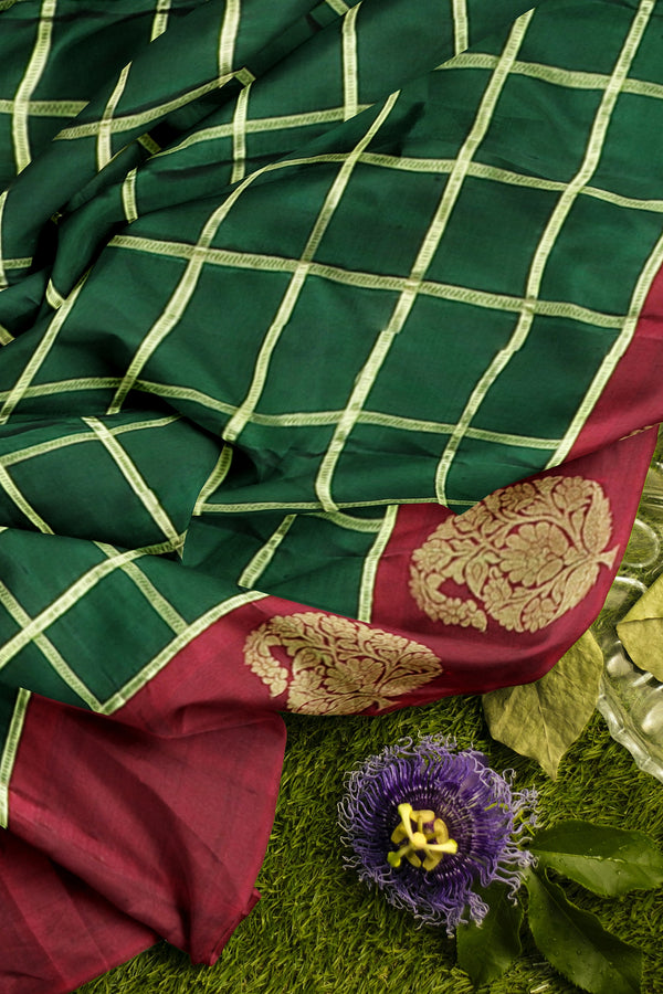Pure Kanjivaram silk saree green and maroon checked pattern with paisley floral zari border