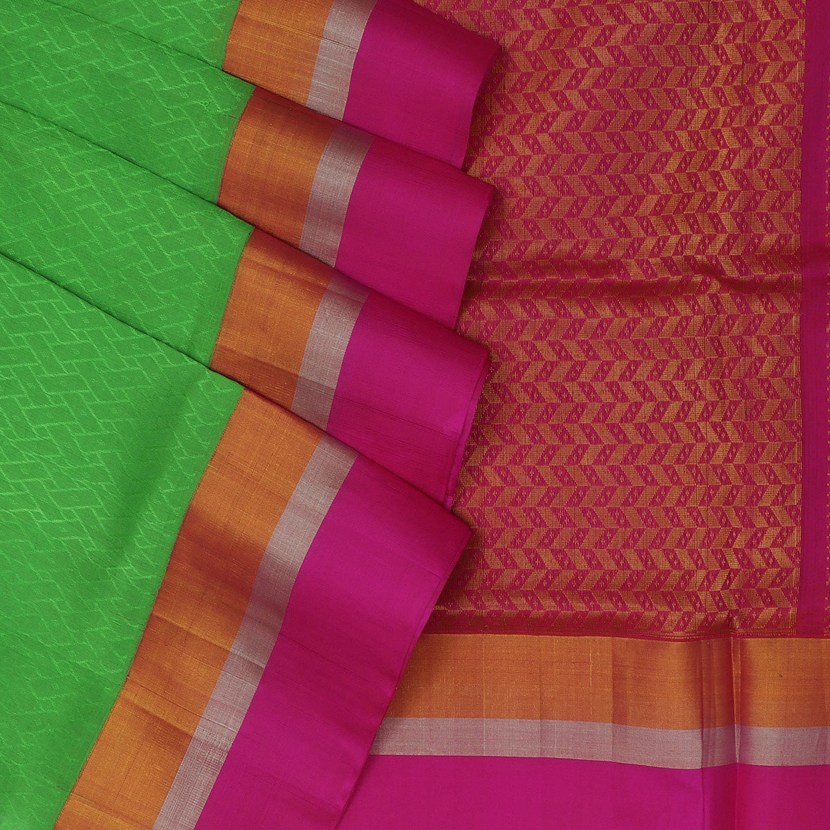 kuppadam Silk Cotton Saree - Green and Pink with Silk border jacquard