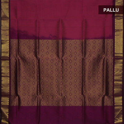 Silk Cotton Saree : Dual Shade of Pink with Simple zari border Jacquard