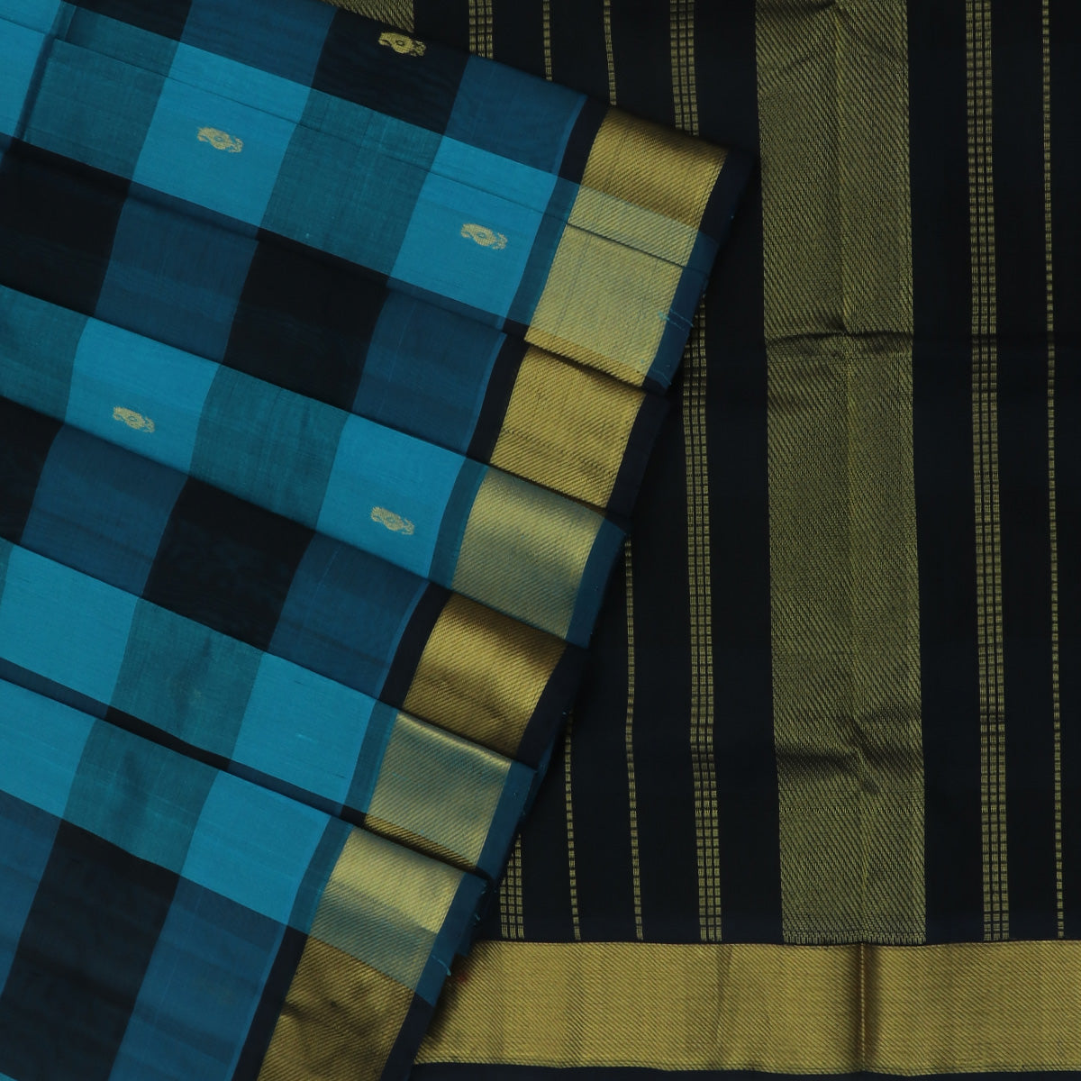 Silk Cotton Saree-Dark Blue and Sky Blue Paalum pazham with butta and Bavanji Zari border