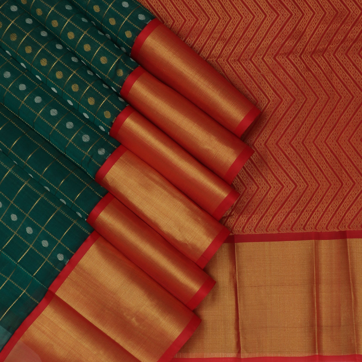 kuppadam Silk Cotton Saree-Green with Gold line and Red with Butta and Silk border