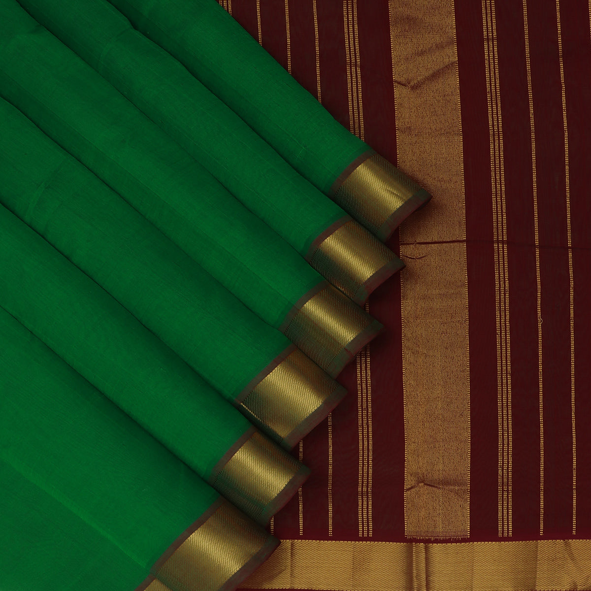 Silk Cotton Saree Green and Maroon with Zari border 9 yards
