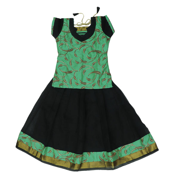 Paavadai Sattai-Seafoem Green with Embroidery and Black with Zari border(4 year)