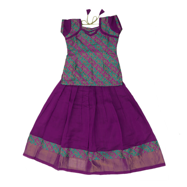 Paavadai Sattai-Green and Pink with Embossed and Violet with Zari border(6 years)