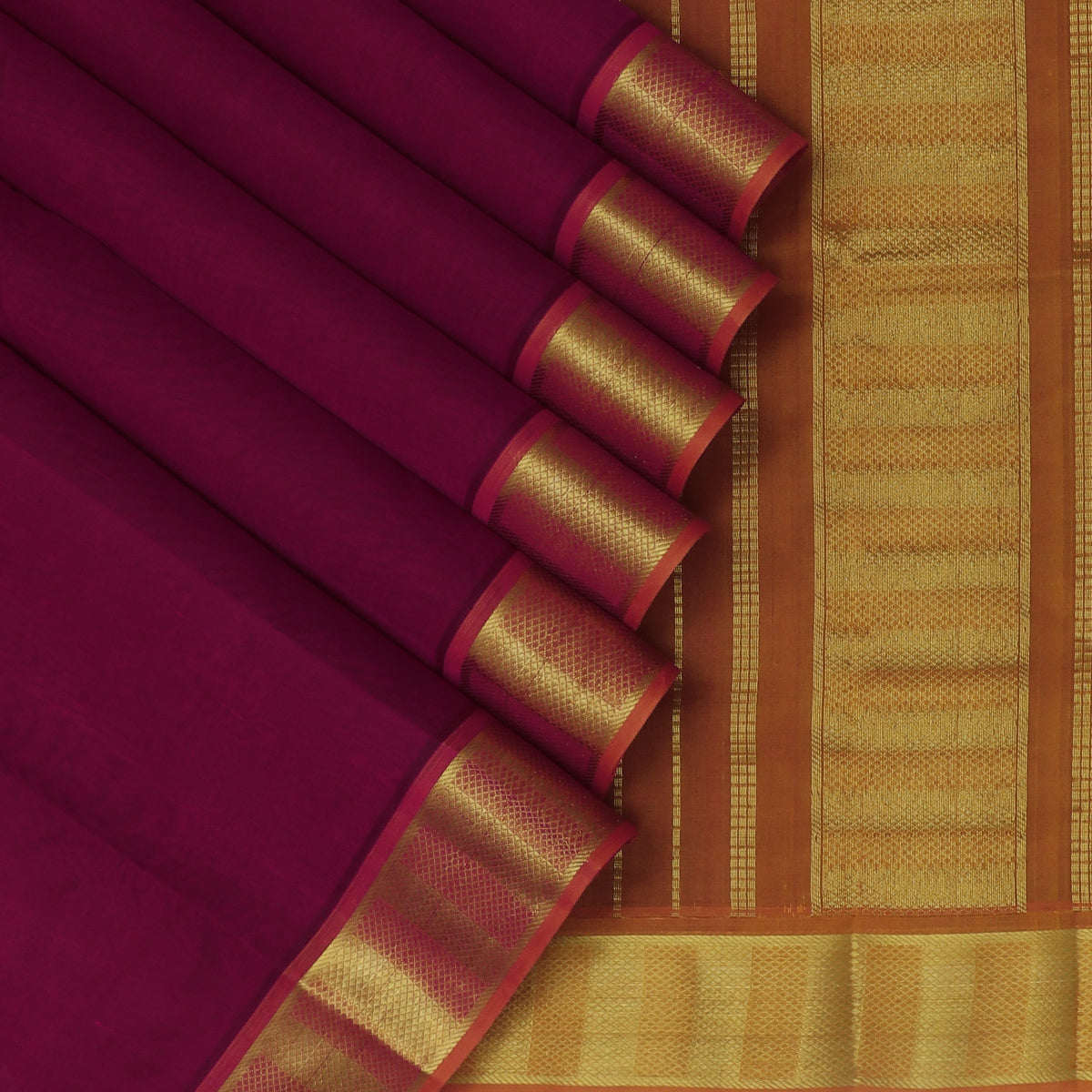 Silk Cotton Saree Magenta and Honey color with zari border 9 yards