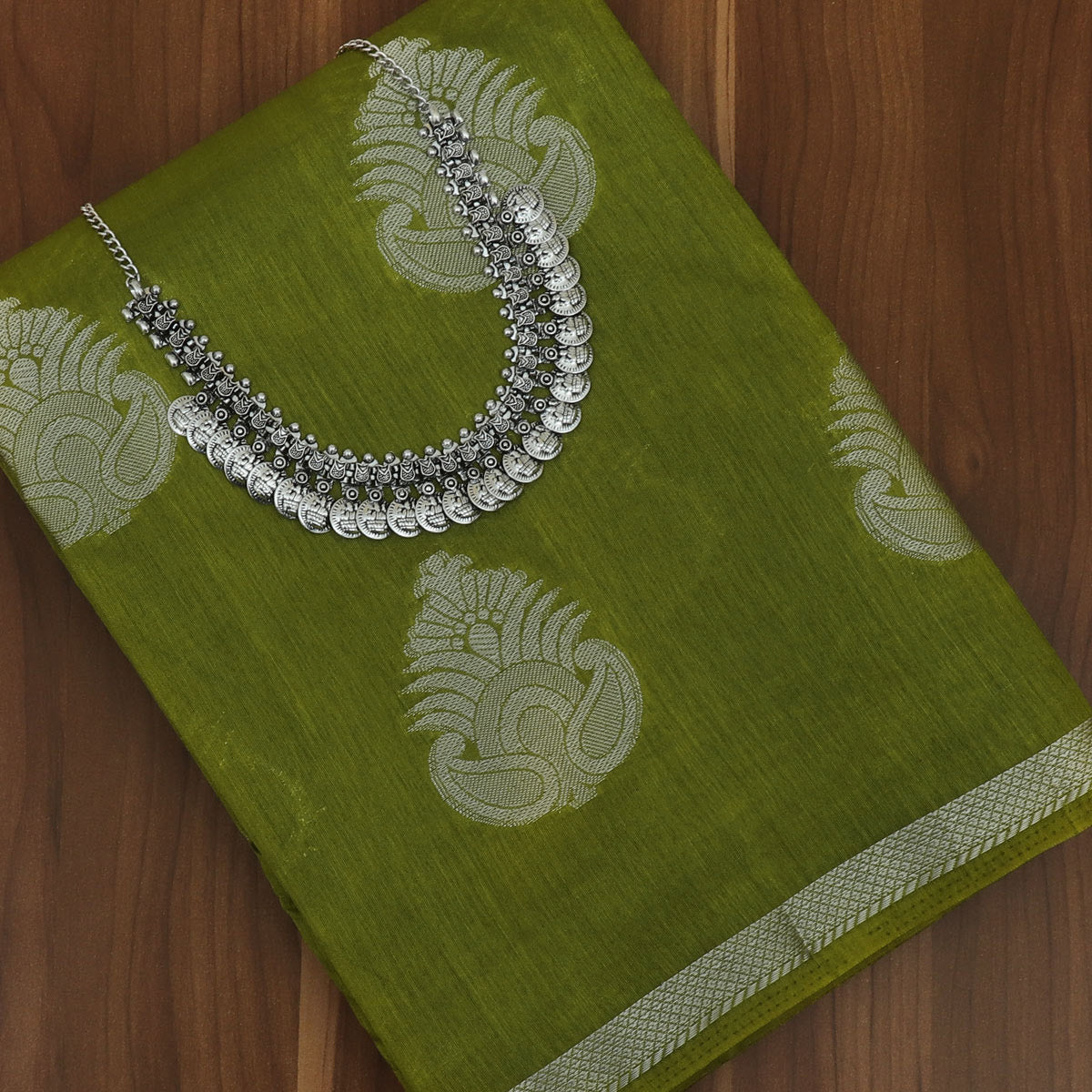 Raw Silk Saree Mehandi Green with Simple border and jewel