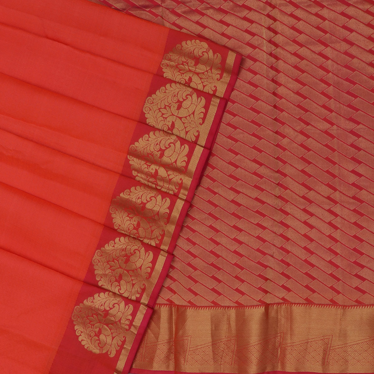 Kanjivaram Silk Saree Orange and Pink with Peacock zari border