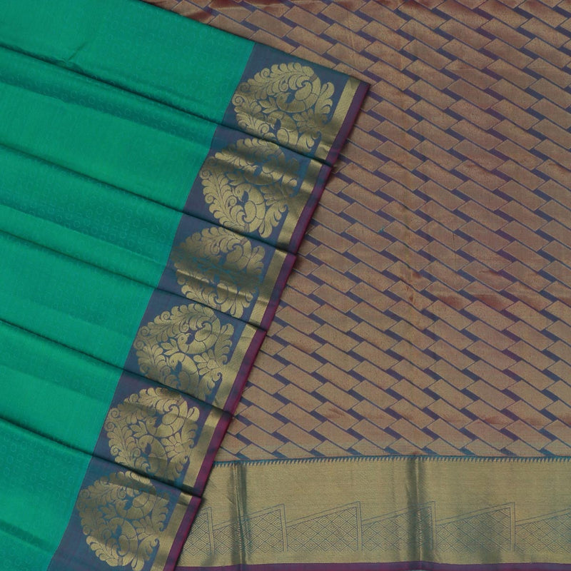 Kanjivaram Silk Saree Green and Purple Shade  with Peacock Zari border