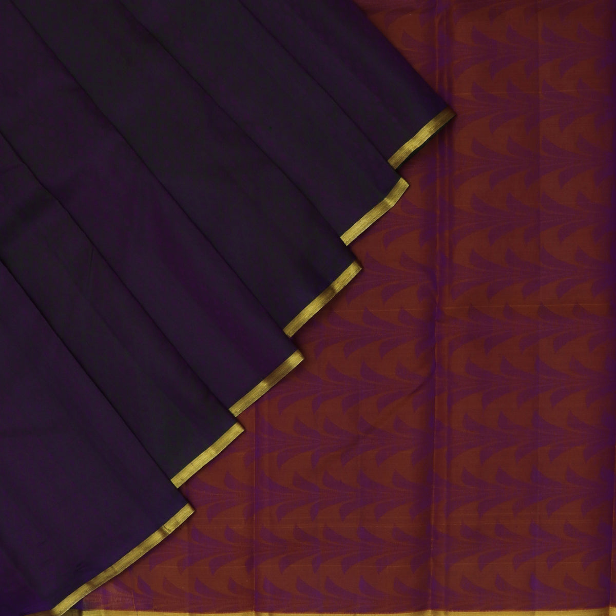 Pure Silk Saree Green and Purple Dual shade with Emboss and Simple Zari border