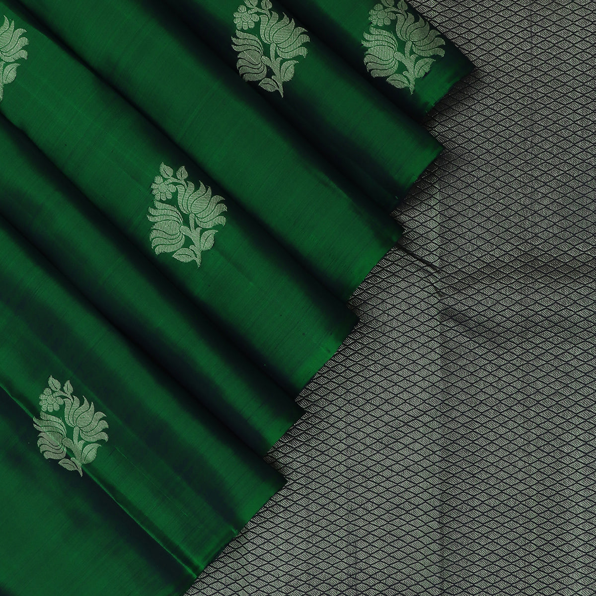 kanjivaram Silk Saree Dark Green and Blue Dual shade with Flower Silver border