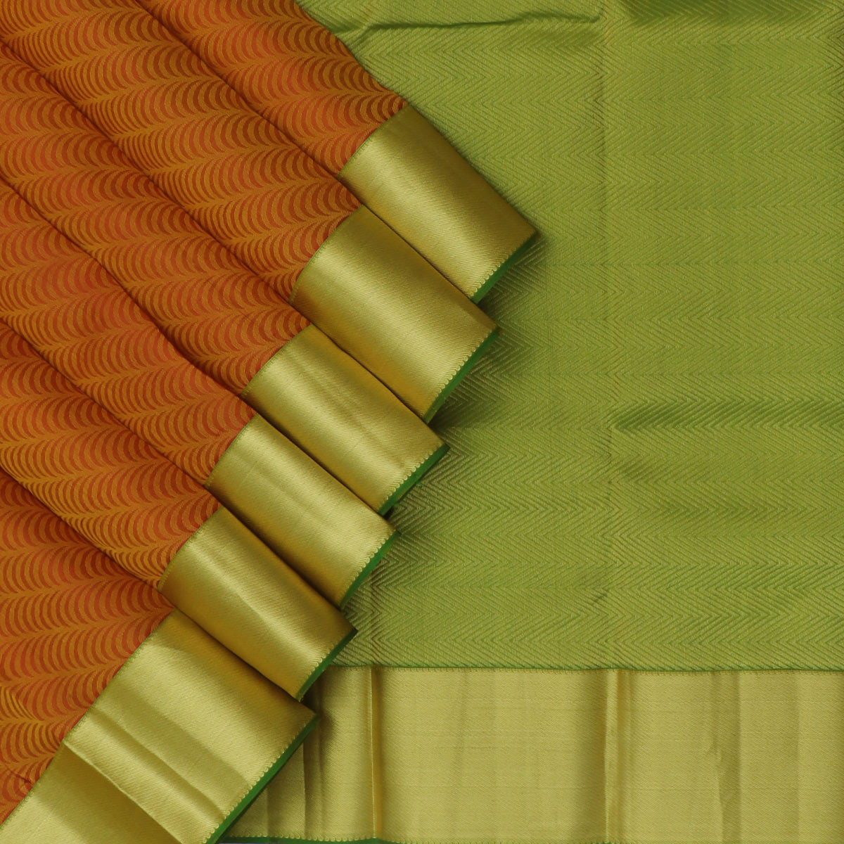 kanjivaram Silk Saree Yellow with Maroon dual Shade and Green with zari border