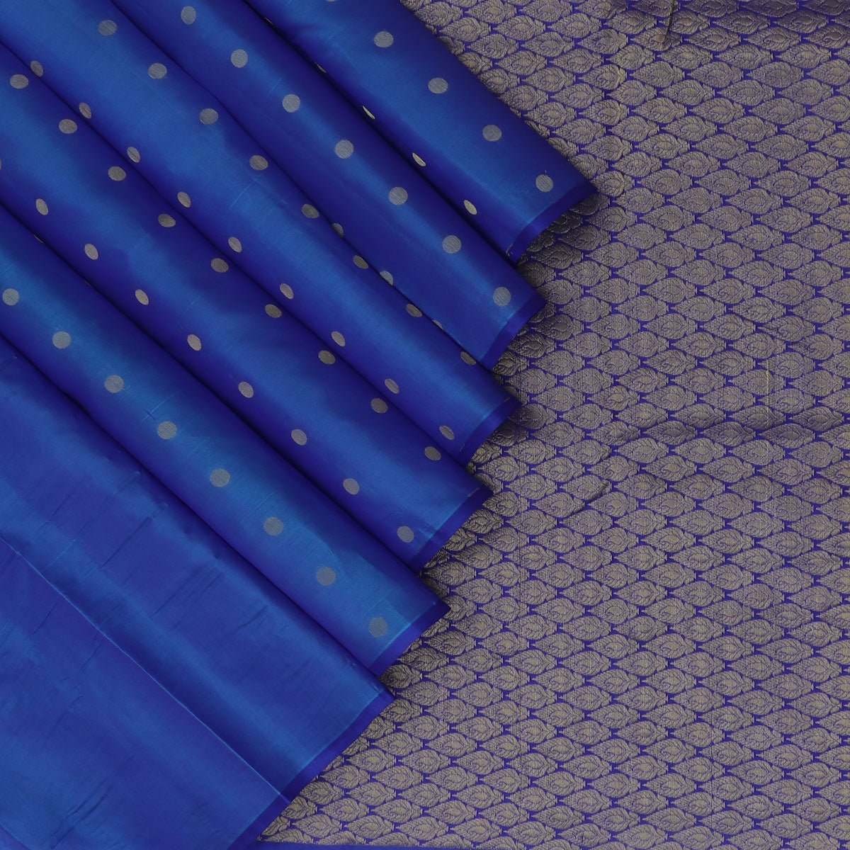 Pure Silk Saree Blue with Round butta