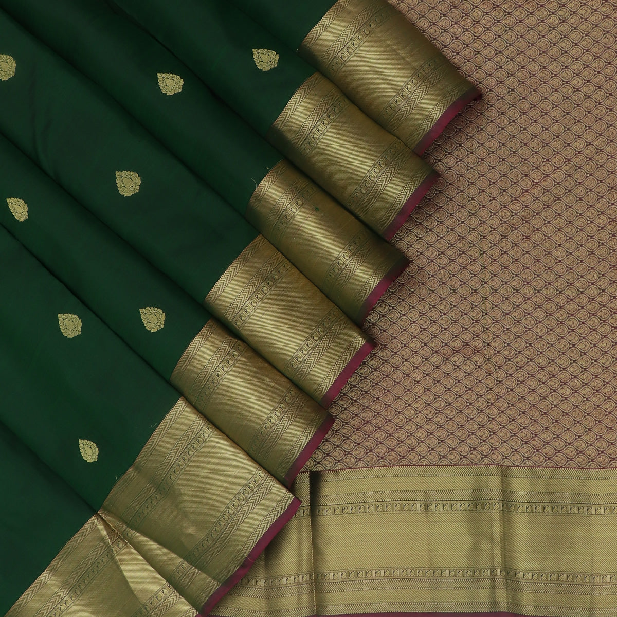 kanjivaram Silk Saree Dark Green and Purple with Zari Border