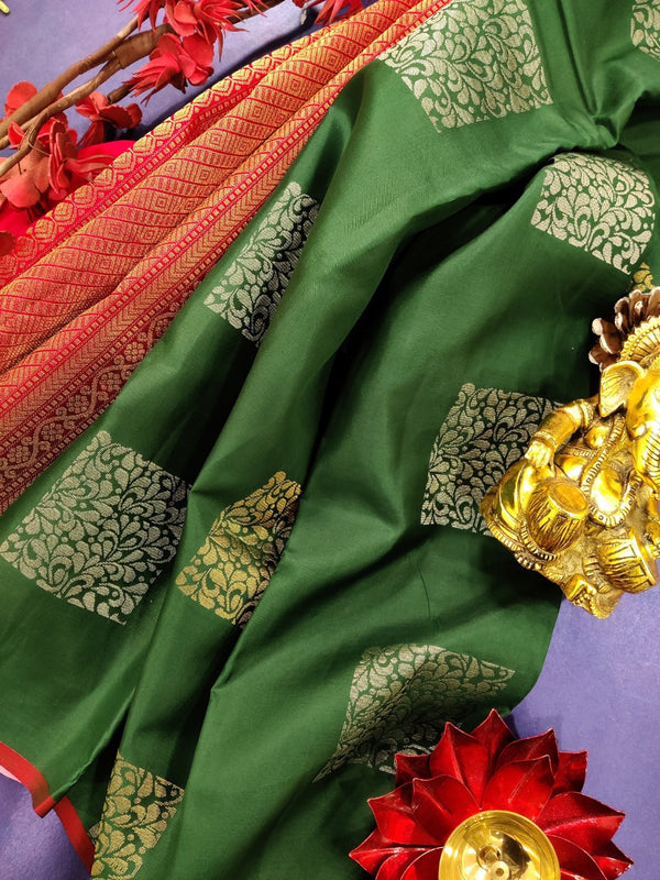 Pure Kanchivaram Silk saree bottle green and red with box type buttas and piping border