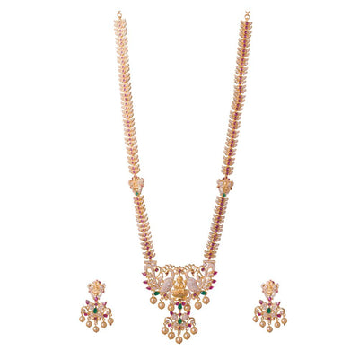 Traditional American Diamond Necklace Set