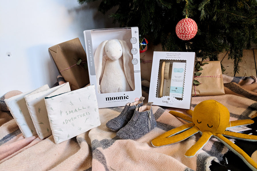Hola BB Holiday Gift Guide for your New Baby
