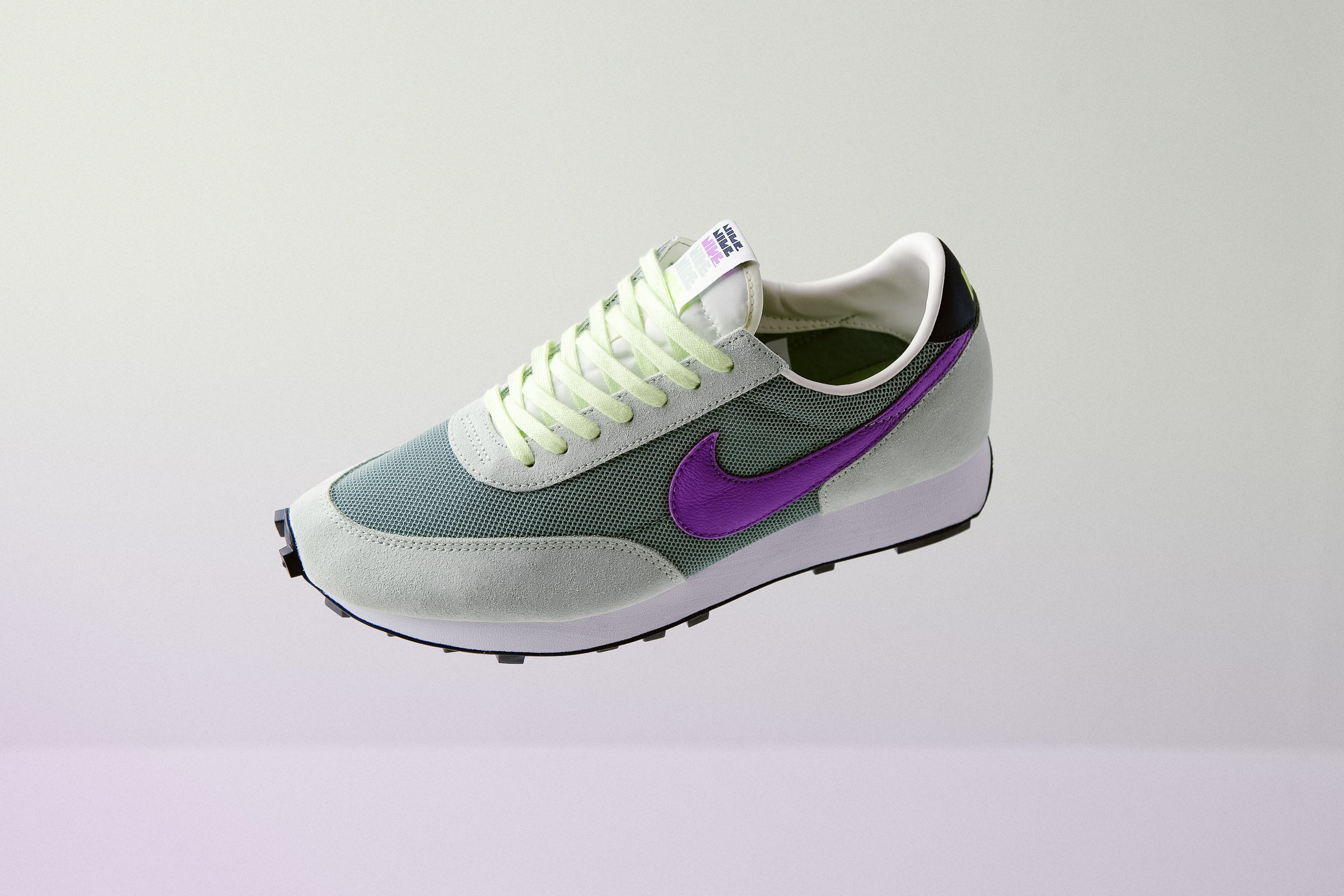 NSW Holiday 19 : The Story of the Nike Daybreak Shoes - Always in Colour