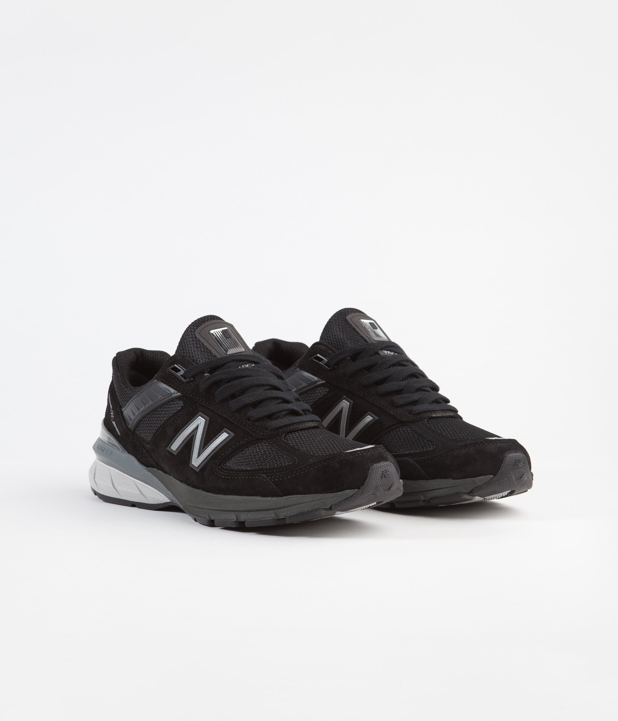 the latest 0147b 2fde0 ... New Balance 990 v5 Made In US Shoes - Black   Silver ...